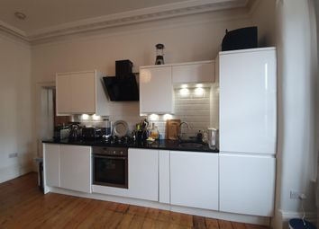 Thumbnail 2 bed flat to rent in Park Lane, Croydon