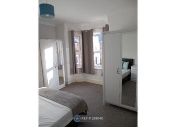 Thumbnail 4 bedroom terraced house to rent in Swainstone Road, Reading