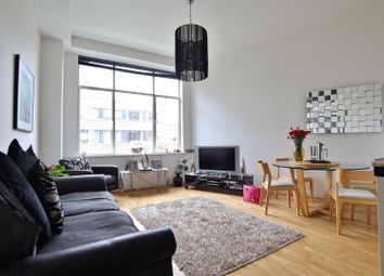 Thumbnail 2 bed flat for sale in Great West Road, Brentford