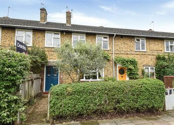 Thumbnail 2 bedroom flat to rent in Temple Road, Kew, Richmond