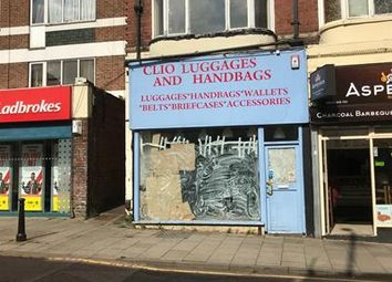 Thumbnail Retail premises to let in 82 High Street, Rushden, Northamptonshire