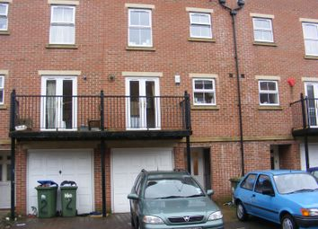 Thumbnail 4 bed property to rent in Winton Street, Southampton