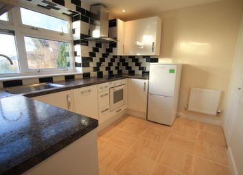 2 bed maisonette to rent in Spinney Road, Luton LU3