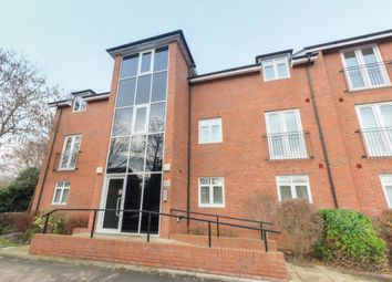 Thumbnail 2 bedroom flat to rent in Coventry Road, Warwick