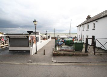 Thumbnail 1 bed flat to rent in High Street, Leigh-On-Sea