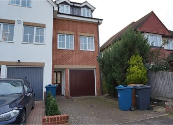 Thumbnail 4 bed town house to rent in Uppingham Avenue, Stanmore