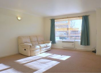 Thumbnail 1 bedroom flat to rent in 116 Molesey Avenue, West Molesey