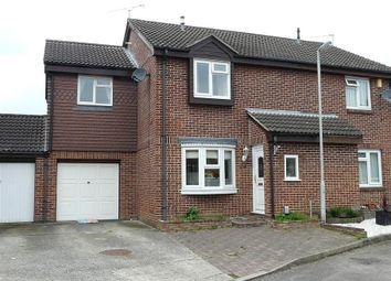 3 bed semi-detached house to rent in Pemberton Gardens, Beansheaf Farm, Reading RG31