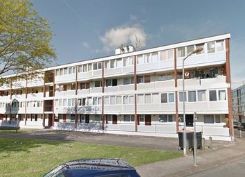 Thumbnail 5 bed flat to rent in Holybourne Avenue, London