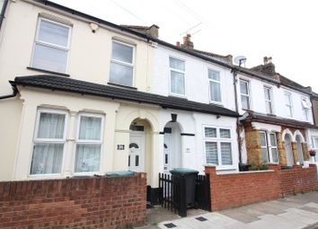 Gordon Road, Northfleet, Gravesend, Kent DA11. 3 bed terraced house