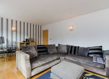 Thumbnail 2 bed flat to rent in Llanvanor Road, Golders Green