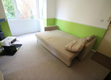 Thumbnail Studio to rent in Vincent Road, Luton