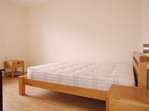 Thumbnail 2 bed flat to rent in Toynbee Street, Liverpool Street
