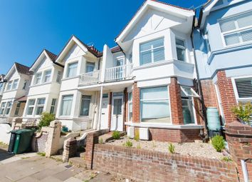 Thumbnail 2 bed flat for sale in Lyndhurst Road, Hove, East Sussex