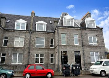 Thumbnail 2 bed flat to rent in Bon Accord Street, Lower Ground