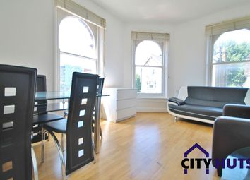 3 bed flat to rent in Turnpike Lane, London N8