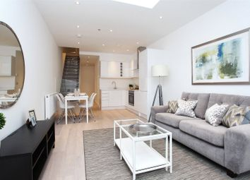 Thumbnail 2 bed flat to rent in Old Town, Clapham, London