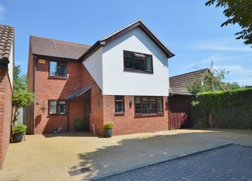 Thumbnail 4 bedroom detached house to rent in Linden Lea, Aylesbury, Buckinghamshire