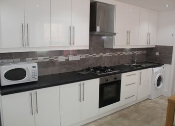 Thumbnail 1 bed flat to rent in Essex Park, Finchley Central