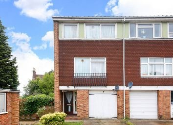 3 bed property for sale in St Peters Gardens, West Norwood, London SE27