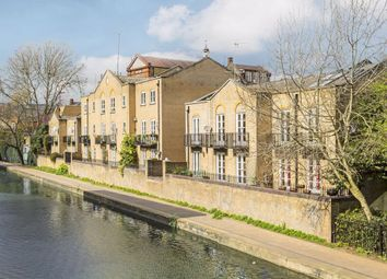 Thumbnail 3 bed flat for sale in Thornhill Bridge Wharf, Caledonian Road, London