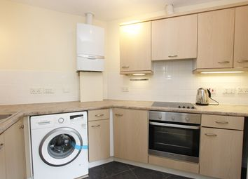 2 bed flat to rent in Archers Road, Southampton SO15