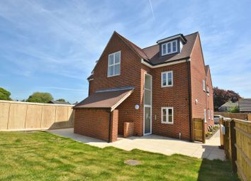 Thumbnail 2 bedroom flat for sale in Colborne Road, Didcot