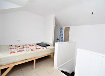Thumbnail Studio to rent in Southey Street, Penge, London
