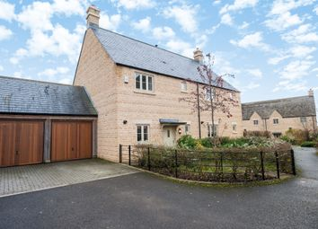 3 bed semi-detached house to rent in Matthews Walk, Cirencester GL7