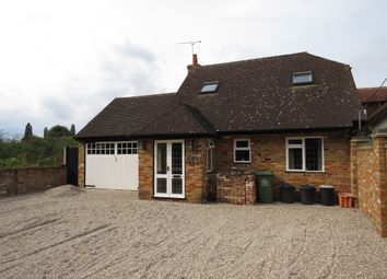 Thumbnail 3 bed detached house for sale in Oak Road, Crays Hill, Billericay