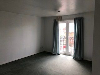 2 bed flat to rent in Labrador Quay, Salford M50