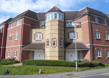Thumbnail 2 bed flat to rent in Bushey, Aldenham Road, Wellsfield