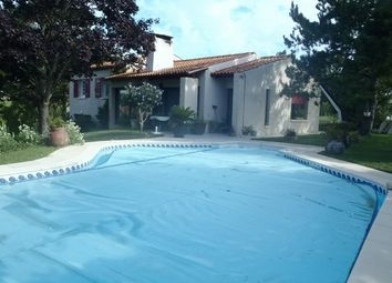 Thumbnail 4 bed property for sale in 17610, Chaniers, Fr