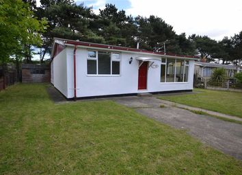 Thumbnail 2 bed mobile/park home for sale in First Avenue, Humberston Fitties, North East Lincolnshire