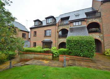 Thumbnail 2 bedroom flat for sale in Dolphin Court Kingsmead Road, High Wycombe