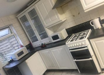 Thumbnail Room to rent in Saxon Drive, West Acton