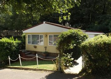Thumbnail 2 bed mobile/park home for sale in Jay Walk, Turners Hill Park, West Sussex