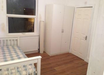 Thumbnail Studio to rent in Leagrave Road, Luton