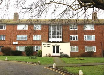 Thumbnail 2 bedroom flat to rent in Meadway Court The Boulevard, Worthing
