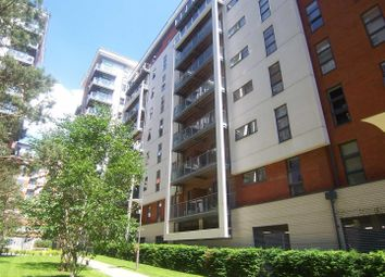 2 bed flat to rent in Barton Place, Green Quarter, Manchester M4
