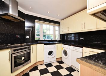 Thumbnail 3 bed flat to rent in Corringham Road, Golders Green