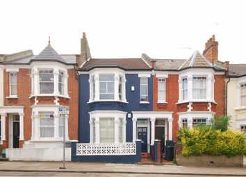 Burns Road, London NW10. 2 bed flat