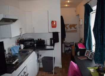 Thumbnail 1 bed property to rent in Woodsley Road, Hyde Park, Leeds