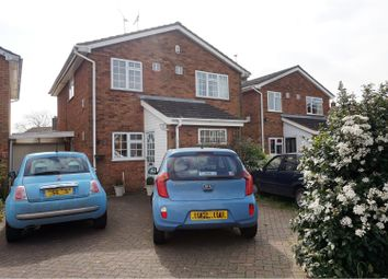 Thumbnail 4 bed detached house for sale in Claydown Way, Luton