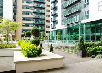 Thumbnail 3 bedroom shared accommodation to rent in Canary Wharf, Isle Of Dogs