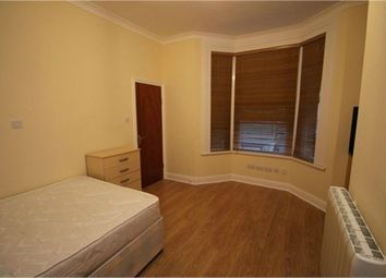 Thumbnail Studio to rent in Huxley Road, London