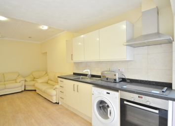 Thumbnail 1 bed flat to rent in Netherlands Road, New Barnet