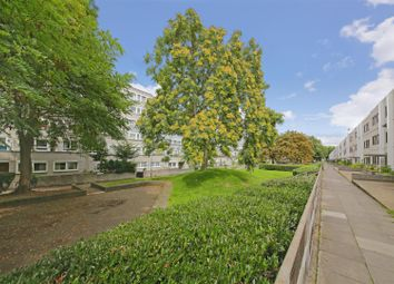 Thumbnail 3 bedroom flat for sale in Lismore Circus, London