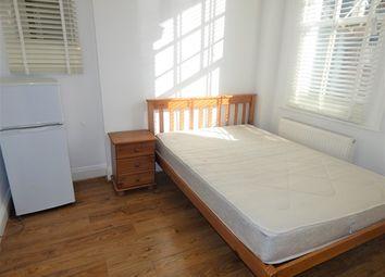 Thumbnail Room to rent in Woodstock Road, Croydon, Surrey