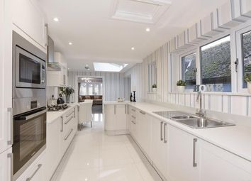 4 bed bungalow for sale in Maidens Green, Berkshire RG42